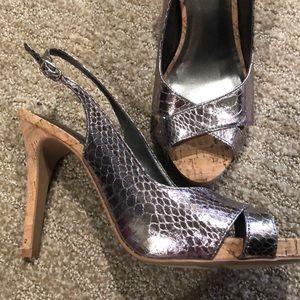 STUNNING NWOT Kelly & Katie heels size 8-1/2